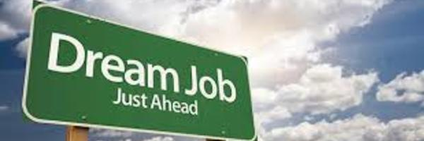 志望企業に「新卒か転職どちらで入るべきか」を考える時の3大ポイントとは?