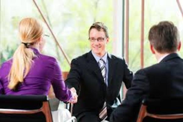 投資銀行の英語面接対策:英語が苦手でも内定を取る3つの方法とは?